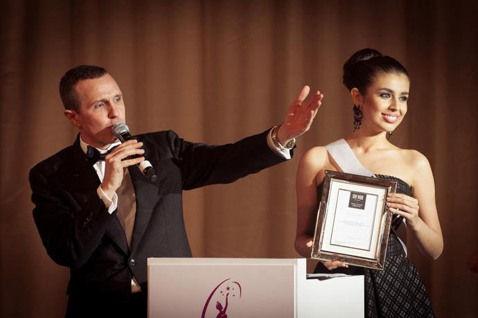 Благотворительный аукцион «Мисс Вселенная» собрал 6.8 млн. рублей для фонда «Подари жизнь»