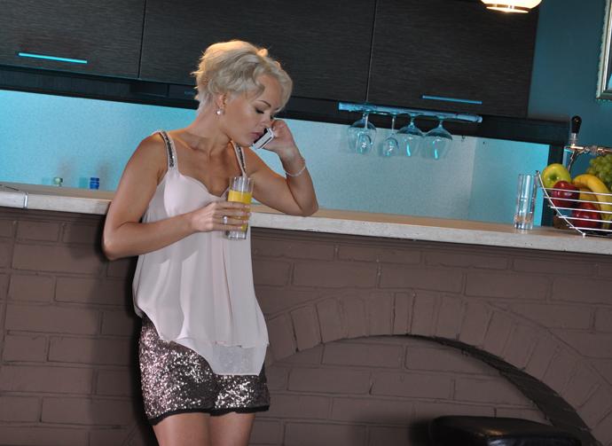 На Первом канале премьера - мелодрама «Ветреная женщина»
